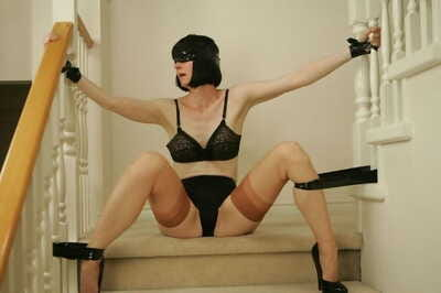 Blindfolded together with bound adult lady is earn kinky of either sex gay action