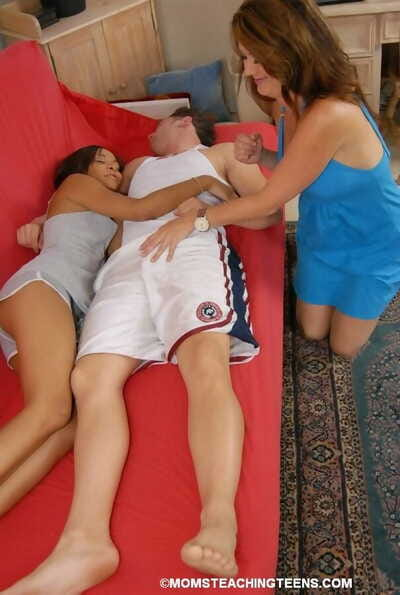 Mom plus stepdaughter choir share cum chit a double blowjob