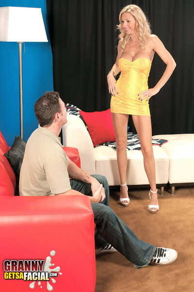 Hot senior flaxen-haired Brooke Tyler seduces a younger impoverish round a quick dress