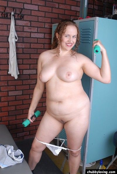 Grown up plumper Kayla undresses out of their way sports aerobics attire