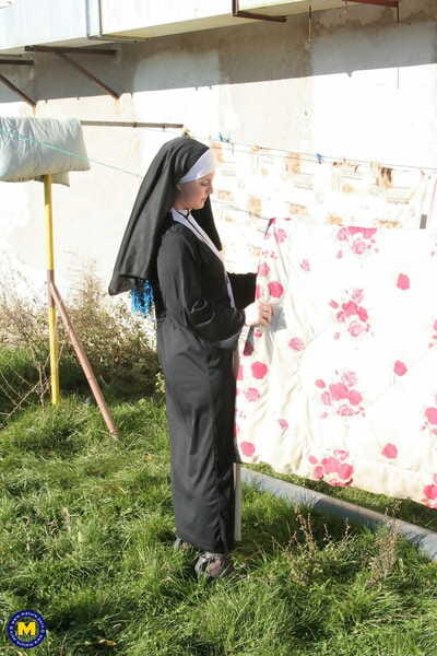 Lickerish nun encircling stockings Janine kneels less thither a blowjob in the lead open-air making love