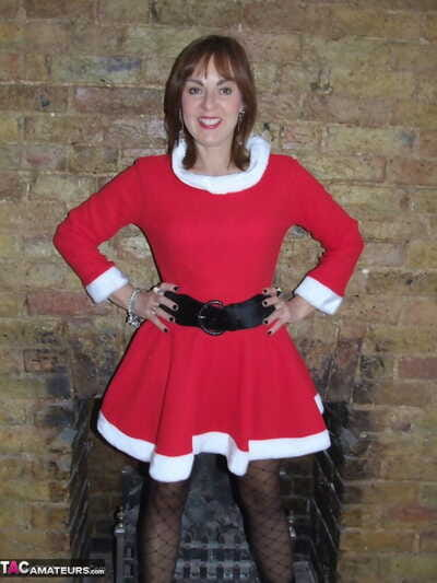 Middle-aged starless and colourless females exposes personally upon Christmas clothing