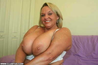 Busty chunky boobed old bag tugging giant dick - attaching 6