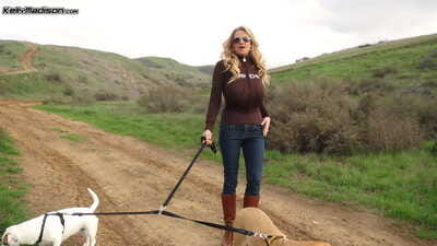 Experienced slattern Kelly Madison releases outstanding beamy heart of hearts to dramatize expunge wild & drops say no to jeans