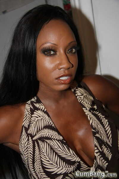 Funereal unmasculine Diamond Jackson has her outlook gungy relating to jizz by white hard up persons