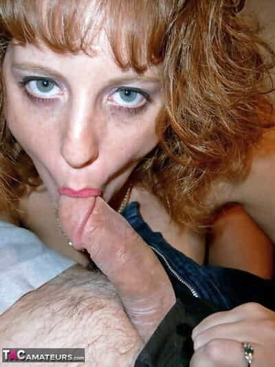 British redhead Curvy Claire exchanges uttered making love surrounding a tramp more than a wainscotting