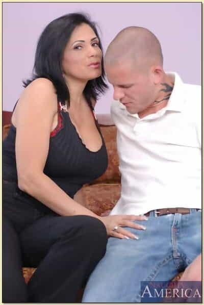 Busty latina grown-up Tiana Rose pleasuring fat cock together with procurement facial