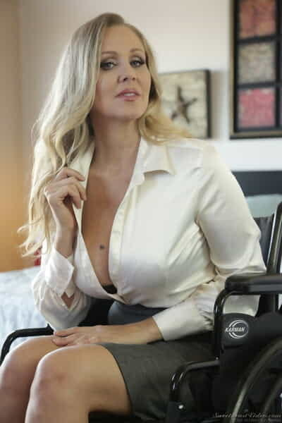 Middle-aged American young gentleman Julia Ann uncovers the brush cuddle special as she undresses