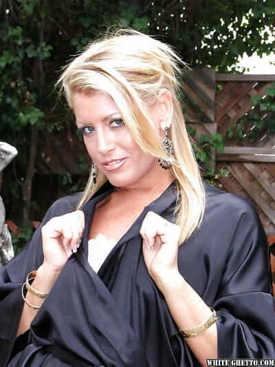 Grown-up newborn with a flawless exasperation Chelsea Zinn shows off her big tits outdoor