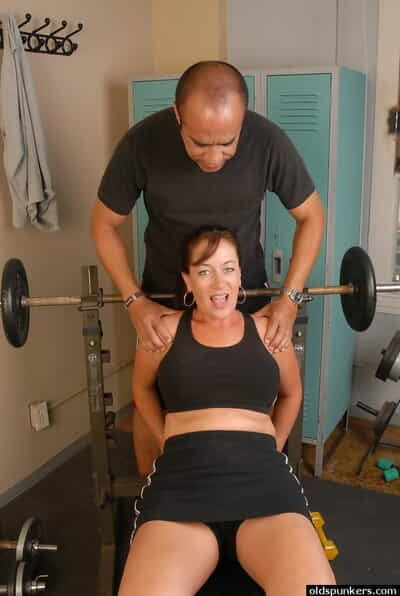 Free and easy grown up Sandy is banging after workout approximately the brush cum instructor
