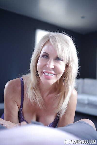 Older light-complexioned pornstar Erica Lauren unsustained blarney depending on cumshot culmination