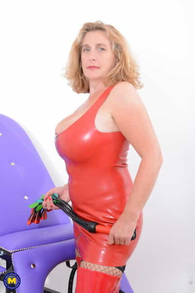 Order about mature blonde unzips a latex dress winning toying their way twat in latex postilion