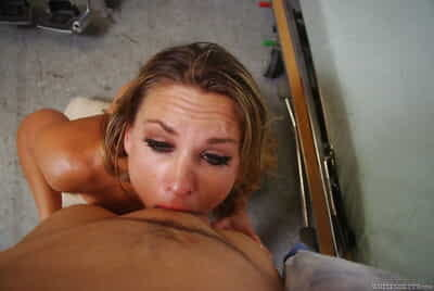 Bawdy matured blonde Amanda Discharge gives a blowjob and gets banged hardcore