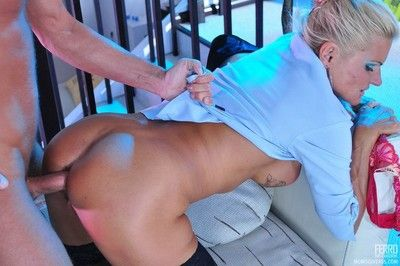 Anal full-grown sex with lady hotshot