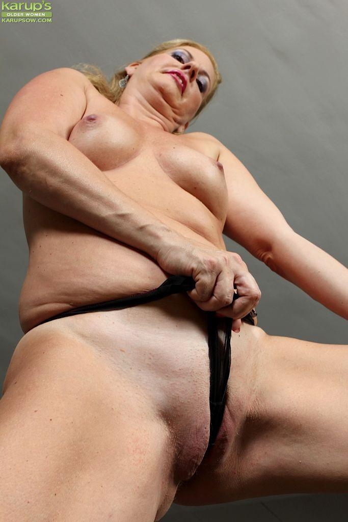 Nackt Laura Dean  FRENCH PORN