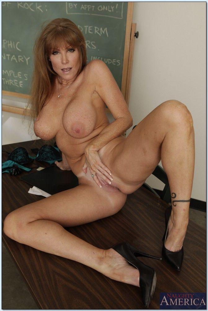 Mature hot crane big tits Adult Teacher Darla Crane Shows Big Boobs Plus Hot Ass Brigandage Mom Porn Pics