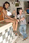 Gaffer Negroid africa sexxx is a XXX serving dish in a nightspot