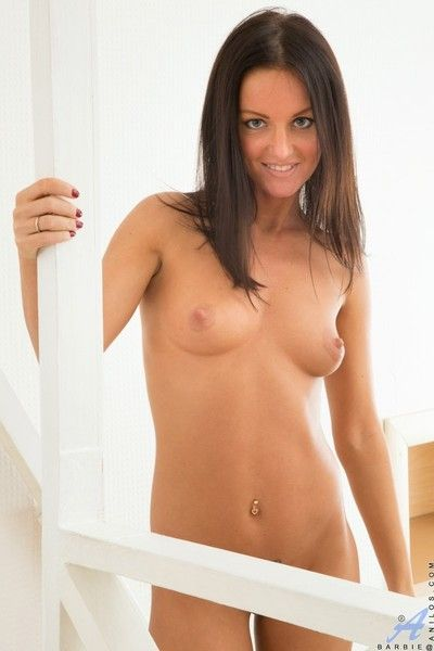 Spectacular second-rate milf poses