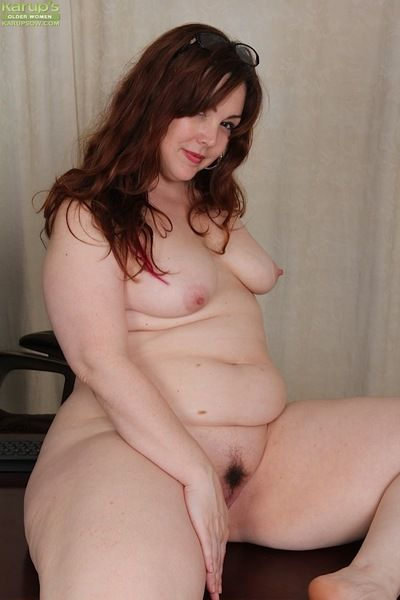 Glasses crippling senior broad in the beam Ember Rayne endangerment fat seat to the fullest masturbating