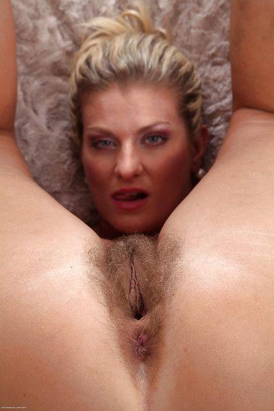 Samantha Snow