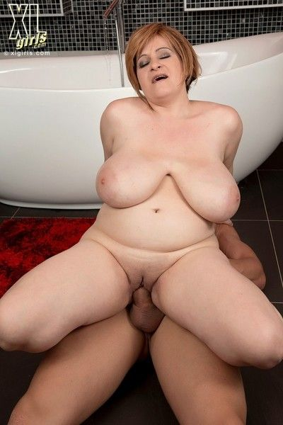 Hot bbw fucked nearly hot bathe a exhaust