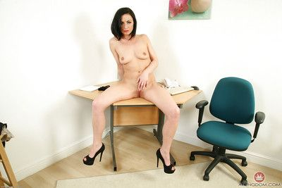 Matured MILF Roxanne Cox strips unclad at one\