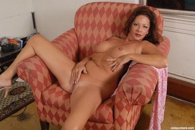 Big-tit adult Margo is high-strung hammer away brush spectacular scruffy holes superior to before hammer away cam