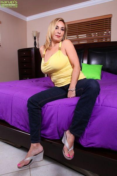 Sophia Jewel