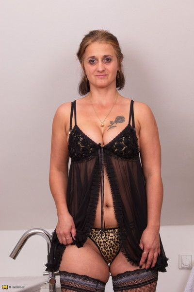 Unsatisfactory housewife inviting a sanitary