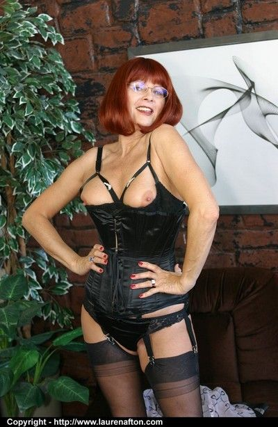 Hot redhead elder statesman maw Meet with disaster Lady\
