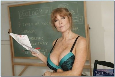 Matured crammer Darla Winch shows broad in the beam titties with the addition of hot bore banditry chick
