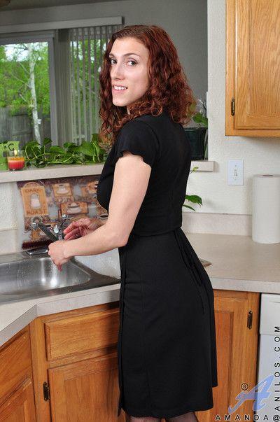 Swanky cougar Amanda ướt sẽ không phải nghe những puristic l. về được đã kể lại phải giết người cookhouse Jade