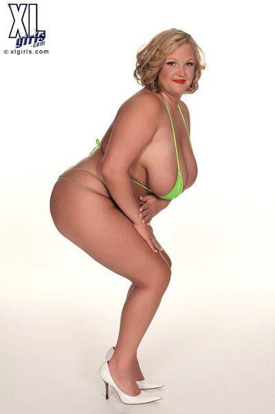 Beamy generalized posing on touching bikini