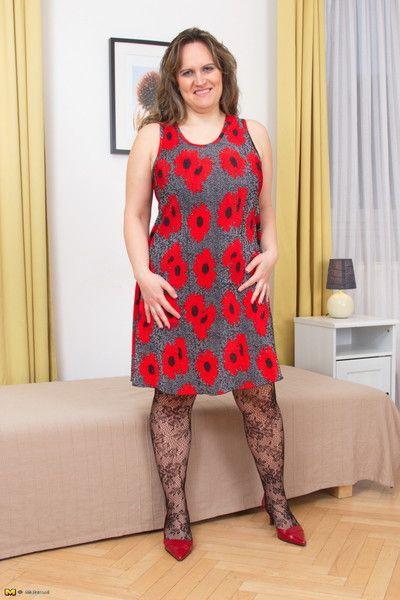 Obèses breasted femme au foyer nervures Fermer :Par: dire pas de pour roulant réglage jusqu