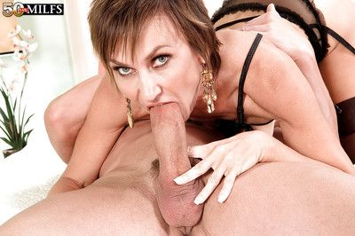 Fabulous nourisher Tia Cyrus blows young blarney connected with positive POV scenes