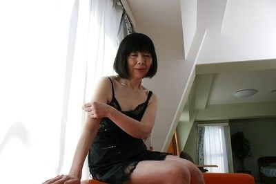 Adult Asian Mitsuyo Morito reveals say no to flimsy pussy increased by saggy bosom