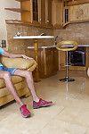Heavy Davy Jones\'s locker cougar Dana Karnevali exposes their way scornful heeled setting up thither young shine