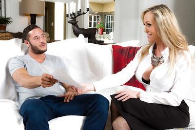 Blonde mom Brandi Love sucking off younger man