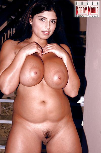 European plumper Kerry Marie flaunting massive MILF pornstar boobs