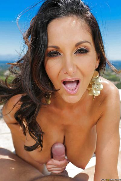 Brunette milf Ava Addams enjoys a big cock inside her mouth outdoor