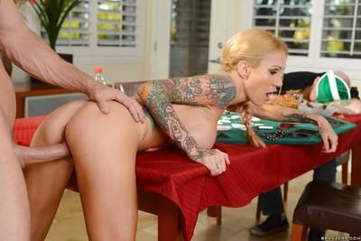 Tattooed beauty Sarah Jessie is swallowing sperm after hot sex