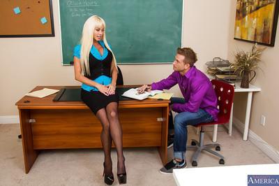 Marvellous blonde teen Nikita giving a deepthroat blowjob