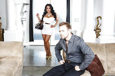 Blowjob loving milf latina Kiara eating that hot cumshot too