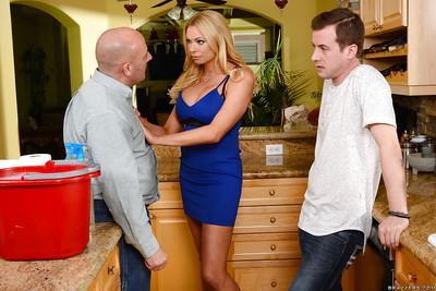 Busty blonde Euro cougar Briana Banks taking cumshot on MILF face