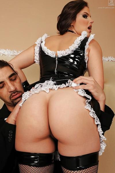 Hot maid Bobbi Starr giving fat cock a blowjob on her knees
