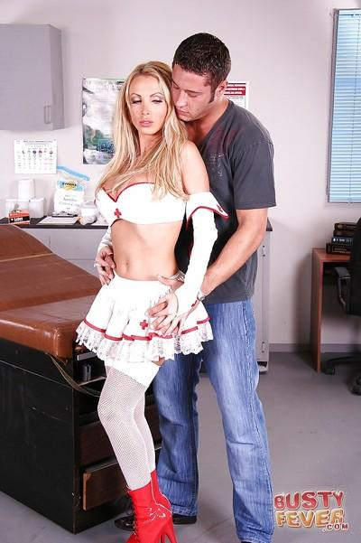 Big tits milf nurse Nikki Benz is demonstrating her blowjob skills