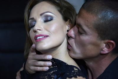 Stunning pornstar Silvia Lauren gives head and takes deep anal fucking