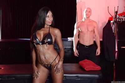Ebony anal slut Diamond Jackson sucks and fucks a big white boner