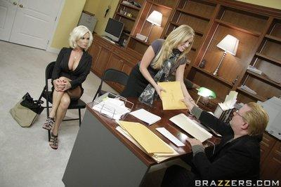 Amazing MILF Diamond Foxxx strips in the office to get a hard dick