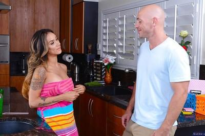 Latina milf with big tits Nadia Styles takes part in an amateur fuck scene